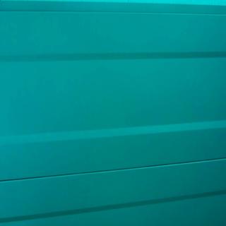 Металлосайдинг профилированный изумрудного цвета